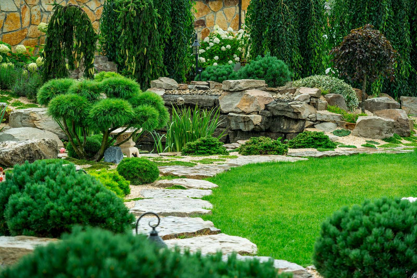 Who Offers Yard Services in the Draper, UT Area?